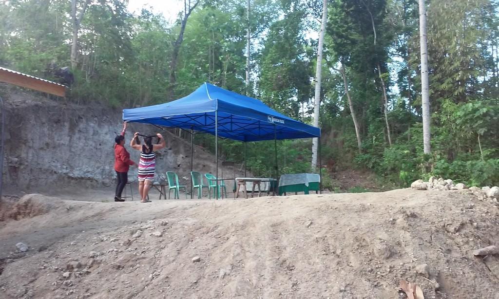 01 tent